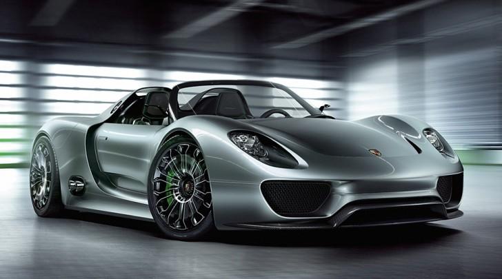 Porsche richiama modello 918 Spyder per problemi tecnici