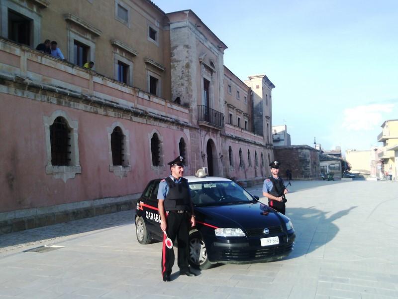 Acate. Controllo del territorio: carabinieri recuperano un'autovettura rubata
