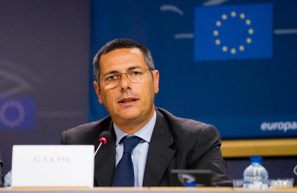 Strasburgo, migranti. Giovanni La Via (Ncd/Ppe) : il Parlamento europeo chiede ai Paesi UE di condividere le responsabilità della gestione