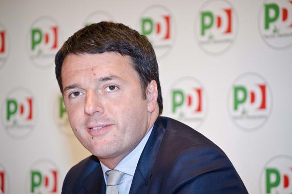 Matteo Renzi scrive una lettera a tutti gli iscritti del PD: siamo qui per cambiare l'Italia