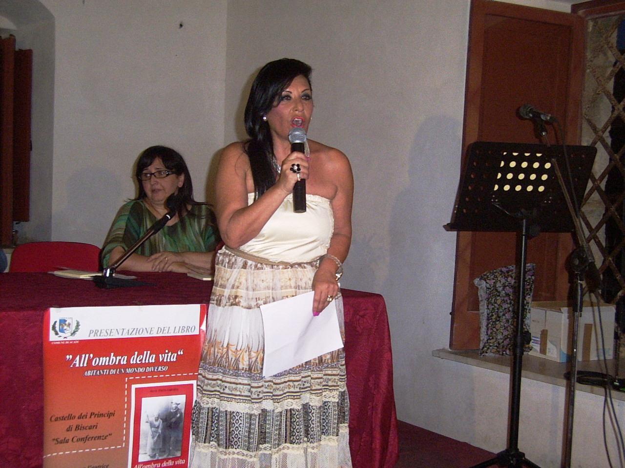 Presentato al castello dei Principi di Biscari di Acate il nuovo lavoro letterario di Maria Teresa Carrubba