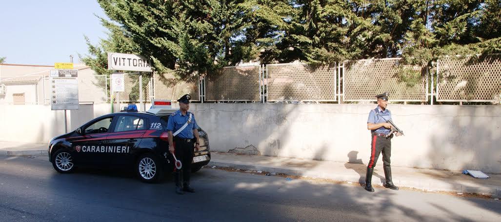 """Vittoria. Operazione dei carabinieri """"festivita' sicure"""": 3 persone arrestate, 16 denunciate, 5 giovani segnalati alla prefettura per uso personale di droga"""
