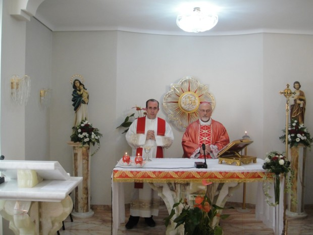 Don Giorgio Occhipinti e il vescovo mons. Paolo Urso