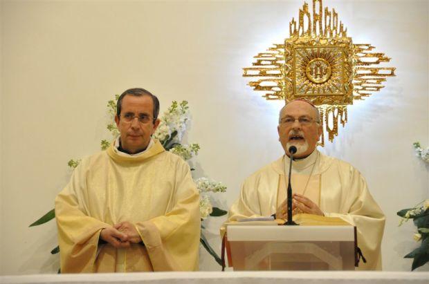 Don Occhipinti e il vescovo Urso