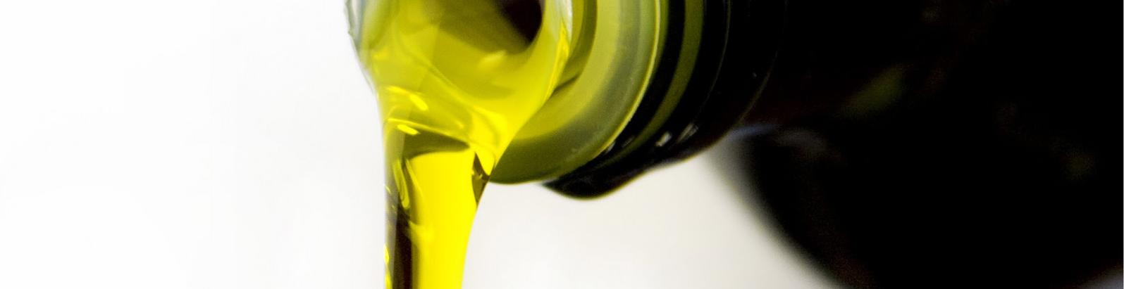 """Bari. """"L'olio extravergine è salute"""". Giovedì, presentazione del volume."""