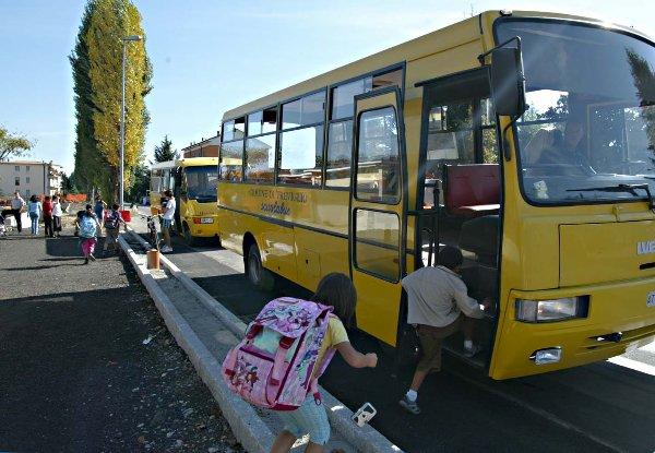 Scuolabus insufficiente. L'amministrazione comunale di Acate integra il servizio.