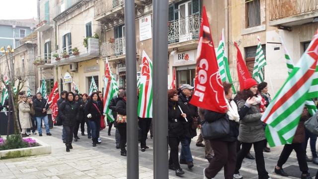 Pensioni: domani manifestazioni Cgil, Cisl e Uil in tutta Italia