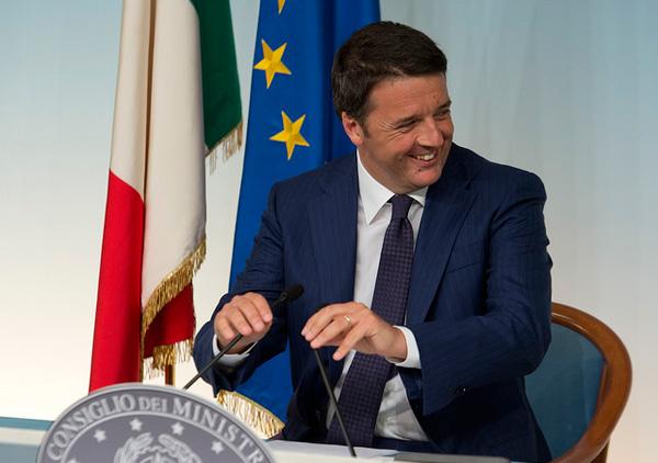 Matteo Renzi su JobsAct e art. 18: mi piacerebbe che i soldi del TFR andassero in busta paga