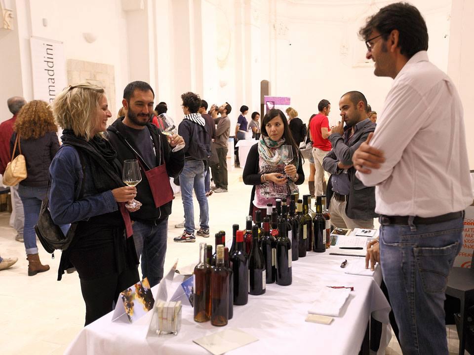 """Scicli, cinquanta Cantine saranno presenti a """"Rubino – Rotte del vino"""""""