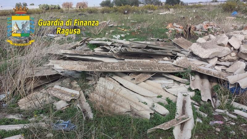 Vittoria-Acate, tutela dell'ambiente. GdF sequestra area di 60 ettari adibita a discarica abusiva di rifiuti