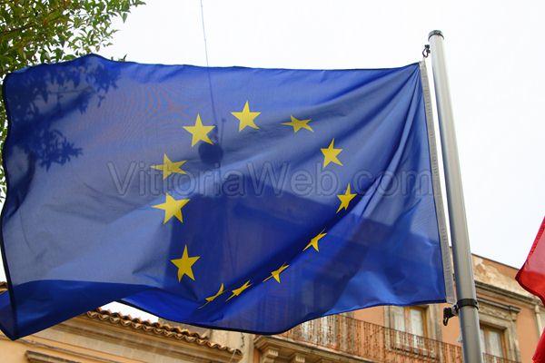 Il Parlamento europeo approva ulteriori 401,3 milioni per i migranti