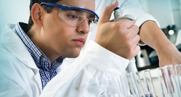 Tumori, sviluppata nei laboratori dell'ISS una innovativa biopsia liquida