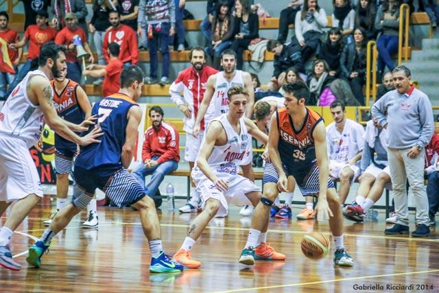 Basket, Serie B: L'Aquila vince ancora, palermitani imbattuti in casa da due anni