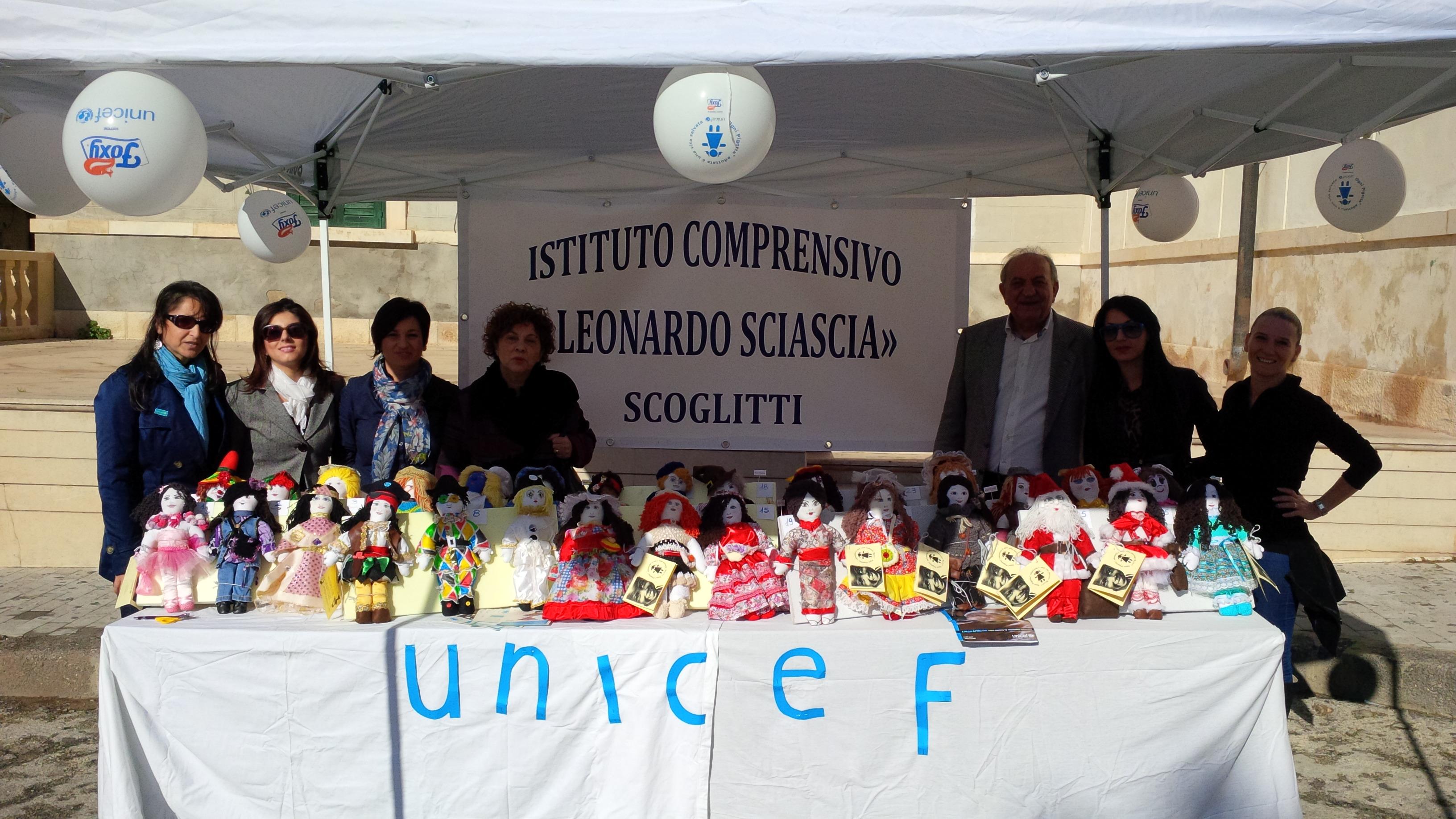 """Beneficenza in piazza a Scoglitti. In campo le """"Mamme"""" dell'Istituto Comprensivo Sciascia"""