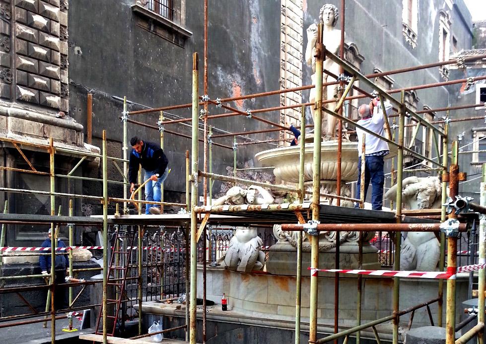 Catania, beni culturali. Sarà restaurata in cento giorni la fontana dell'Amenano