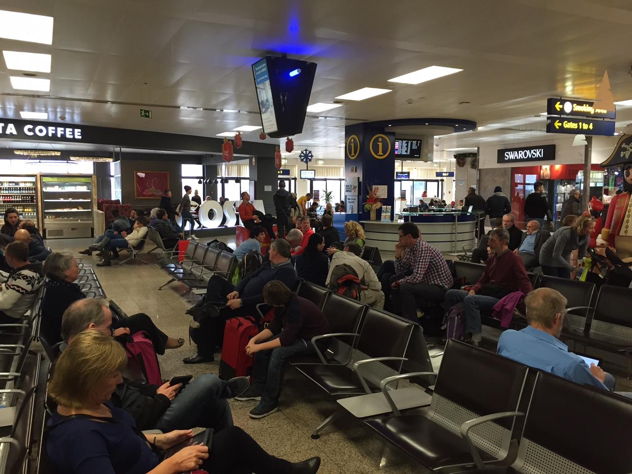 L'odissea dei passeggeri iblei bloccati per dieci ore nell'aeroporto di Malta