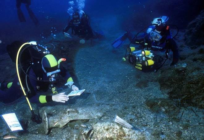 Gela. La Soprintendenza del Mare riporta alla luce 39 lingotti di Oricalco: risalgono a 2600 anni fa