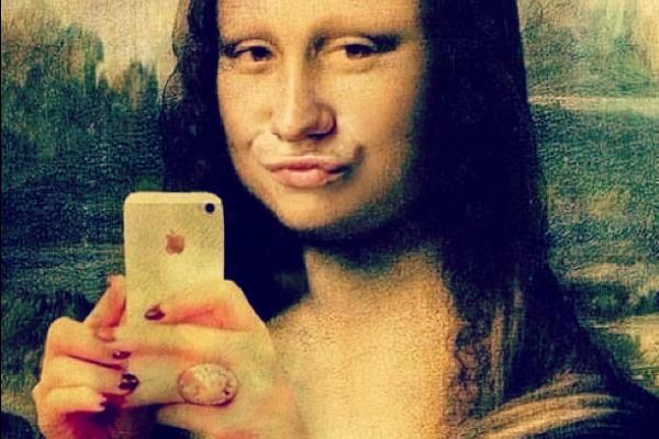 I selfie disturbano la psiche. Lo dice uno studio americano