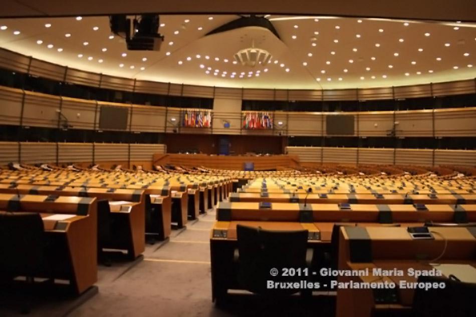 Parlamento Europeo. I deputati chiedono alla Commissione di presentare un piano UE contro le mafie