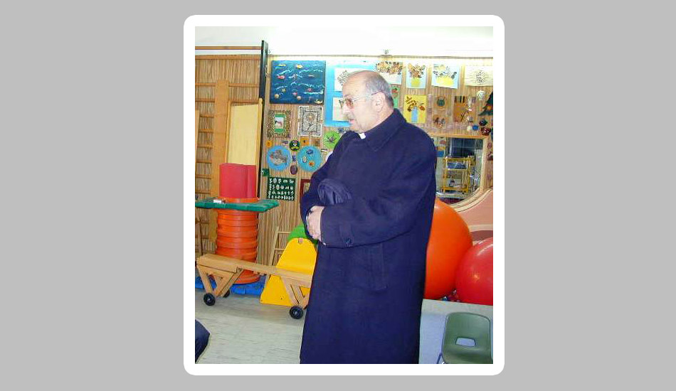 Acate. La cittadina iblea non dimentica l'ex parroco Don Rosario Di Martino