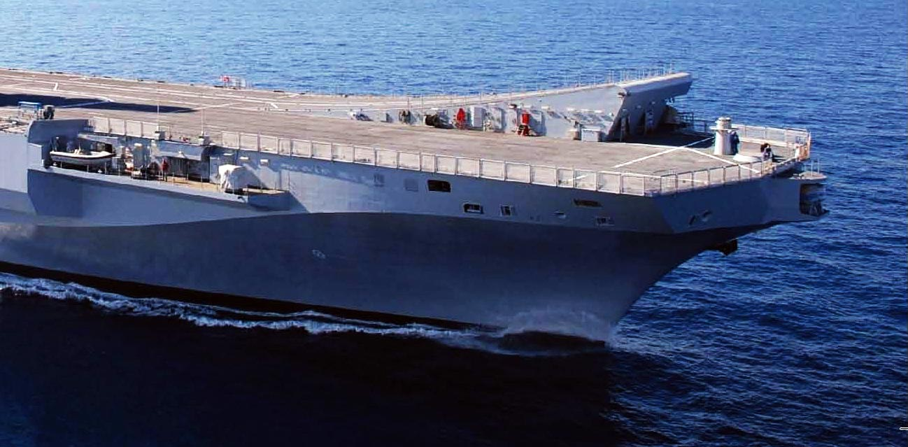 Alcune anonime reclute dell'esercito: già inviato un contingente di 500 militari, una portaerei e due navi appoggio per la Libia