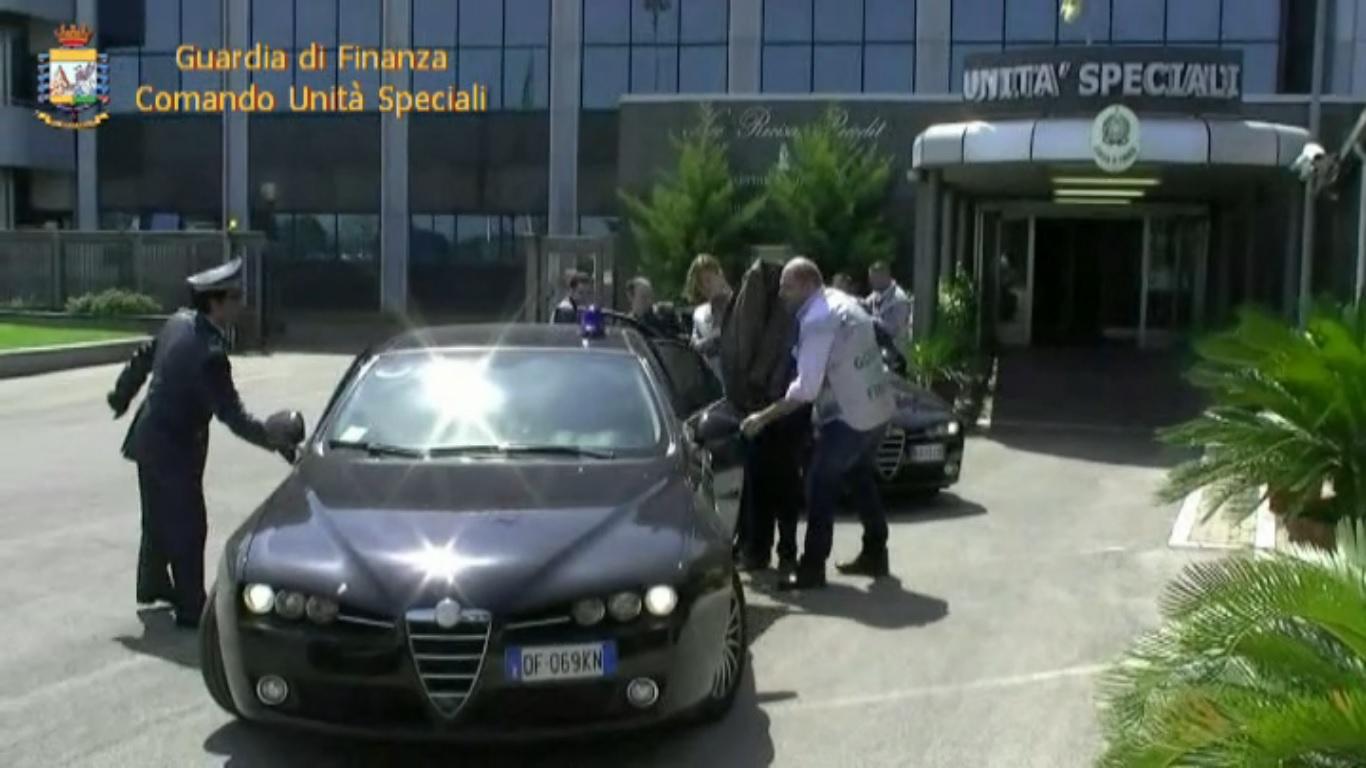 'Ndrangheta: Usura ed Estorsione, 18 ordinanze di custodia cautelare e sequestro beni alla cosca Commisso