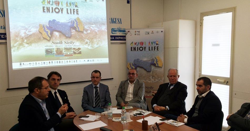"""Assemblea provinciale Federalberghi, illustrato il progetto """"Enjoy life"""" attivato dal Distretto turistico degli Iblei"""