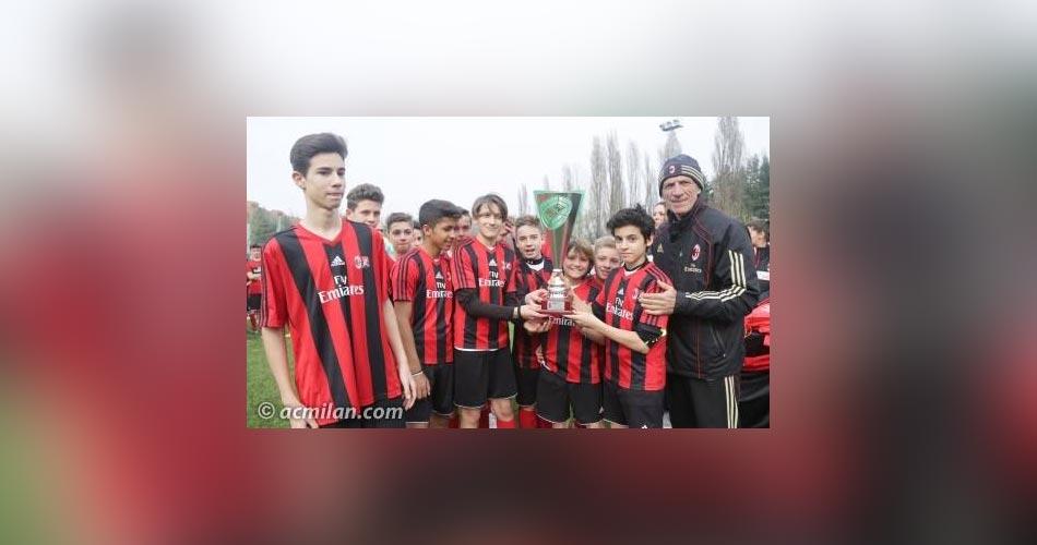 """Acate. Torneo di calcio internazionale, """"Milan Junior Campday 2015"""". Determinante la marcatura del quindicenne acatese, Matteo Garufi"""
