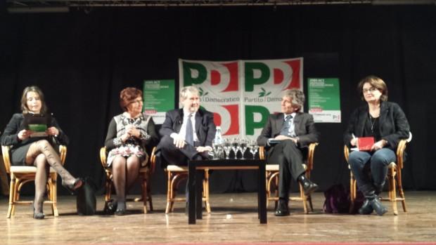 La giornalista Raffa, Padua, Poletti, Caruso, Parente
