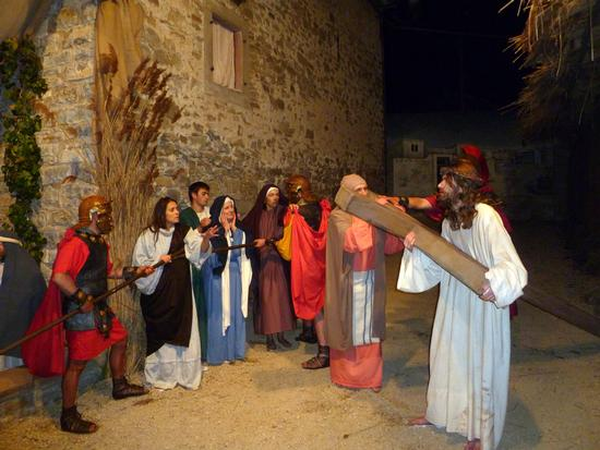 "Acate. Parrocchia San Nicolò: ""Via Crucis Vivente"", venerdì 27 marzo ore 19,00."