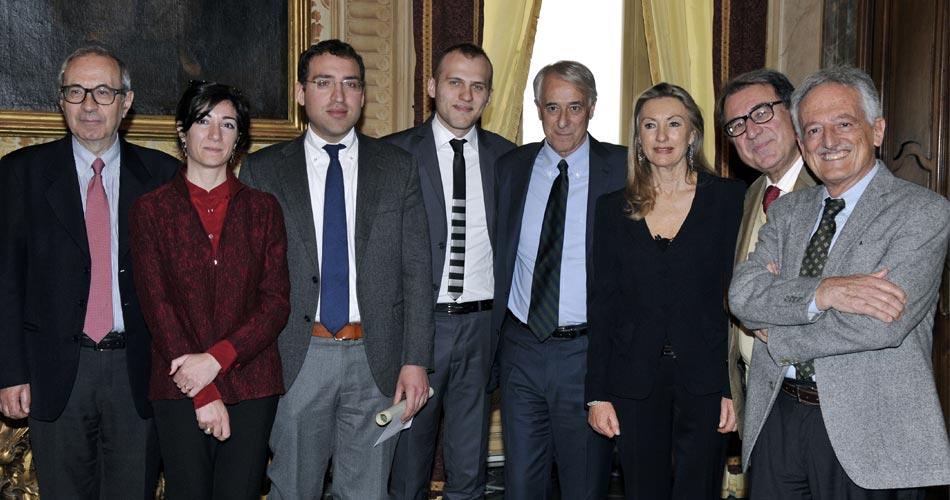 Milano, lavoro. A palazzo Marino conferiti dal sindaco Pisapia e dall'assessore Tajani i premi Marco Biagi 2015