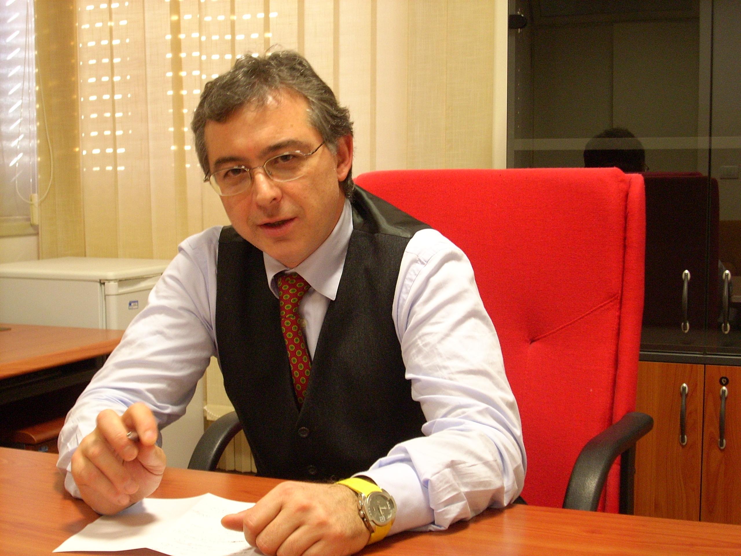 Vittoria: il Consigliere comunale Fabrizio Comisi chiede più attenzione sui cani