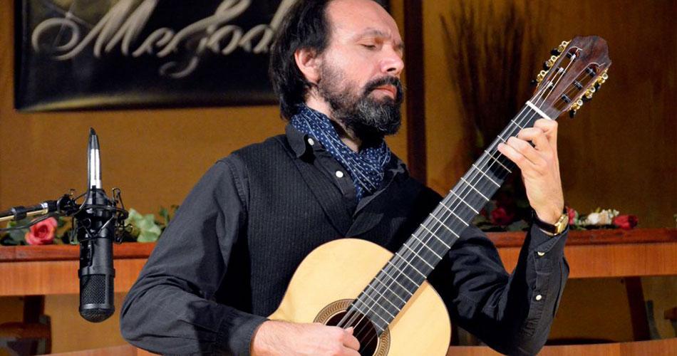 """Ragusa, musica. Il chitarrista e scrittore Pablo Lentini Riva ha incantato il pubblico di """"Melodica"""""""