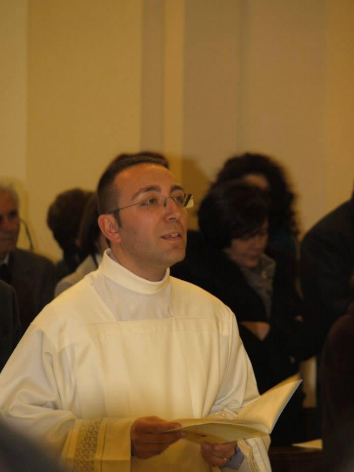 Acate. Chiesa Madre: Rito dell'istituzione dell'accolitato del seminarista Fabio Stracquadaini.