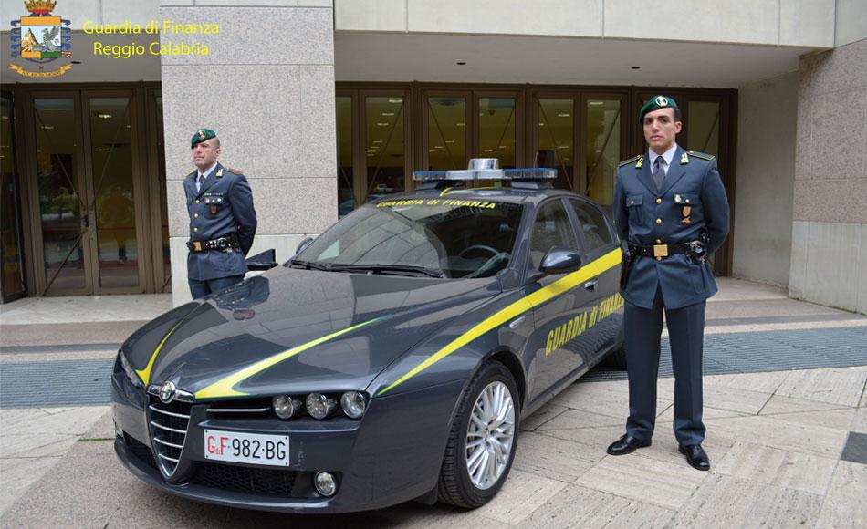 Reggio Calabria. Sequestrati 26.000 articoli contraffatti per un valore stimato in circa 250.000,00 mila euro