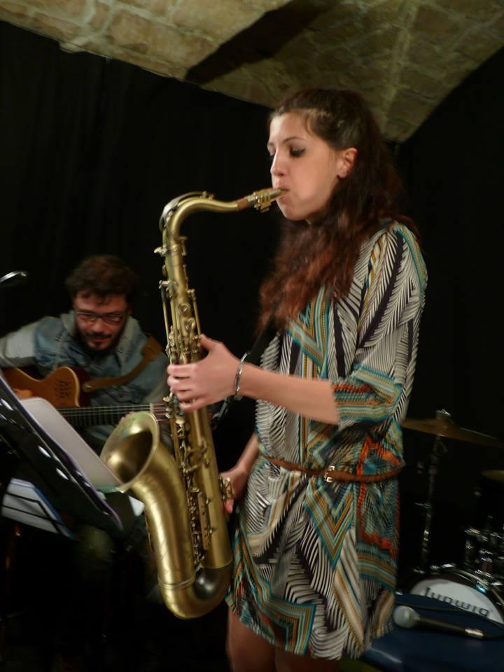 Acate. La giovane sassofonista Roberta Maci: stella emergente del Jazz siciliano.
