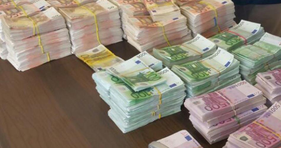 Riciclaggio: circa 5.000 conti sospetti presso la Banca Vaticana