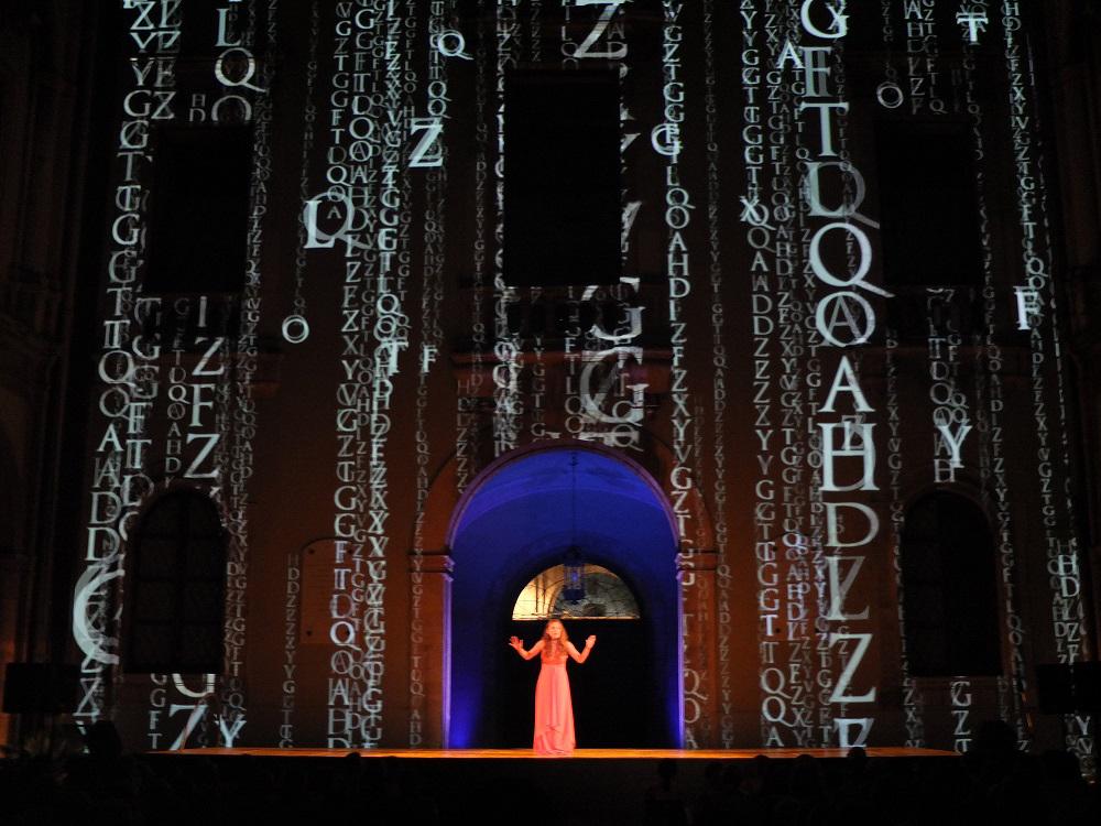 """I ART: tutto esaurito a Catania per le quattro repliche di """"Balconi in cornice"""", la performance di Guglielmo Ferro per I ART"""
