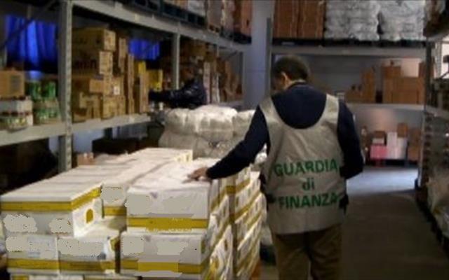 Omogeneizzati, formaggi e salumi scaduti: la GdiF di Portogruaro sequestra prodotti alimentari