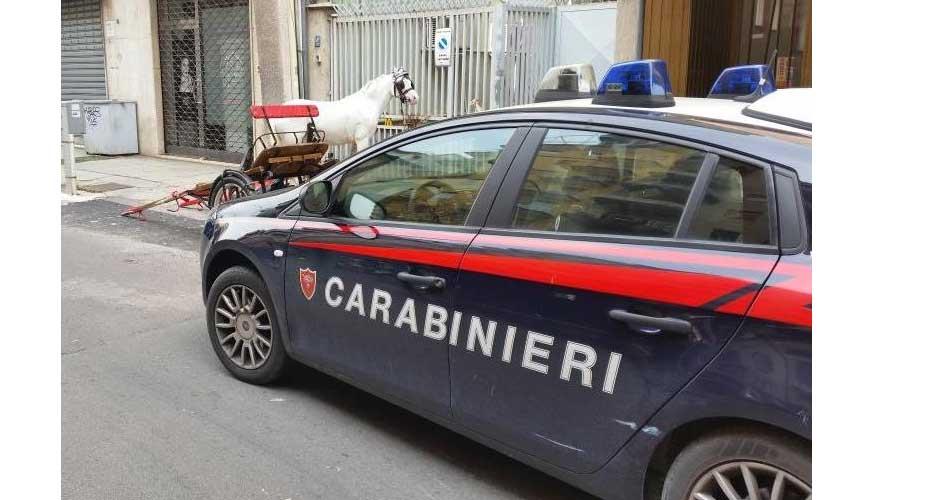 Rapina un negozio di abbigliamento: Arrestato dai Carabinieri