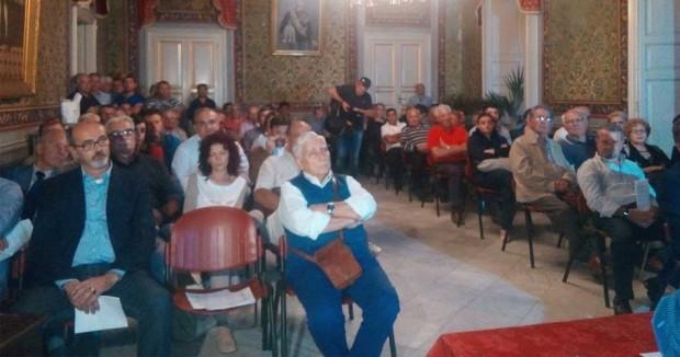 I-partecipanti-all'assemblea-aperta