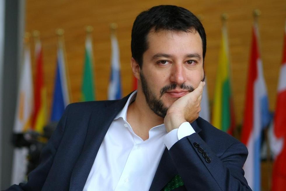 """Salvini a tutto tondo: """"Io Le Pen barbuta? Per me è un complimento. Berlusconi? Rapporto recuperabile"""""""