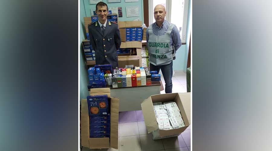 Milazzo. Sequestrati migliaia di articoli natalizi contraffatti: Denunciato un responsabile