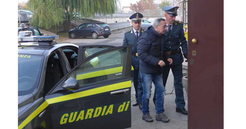 La GdF di Asti esegue l'ordine di carcerazione di Pierino Santoro