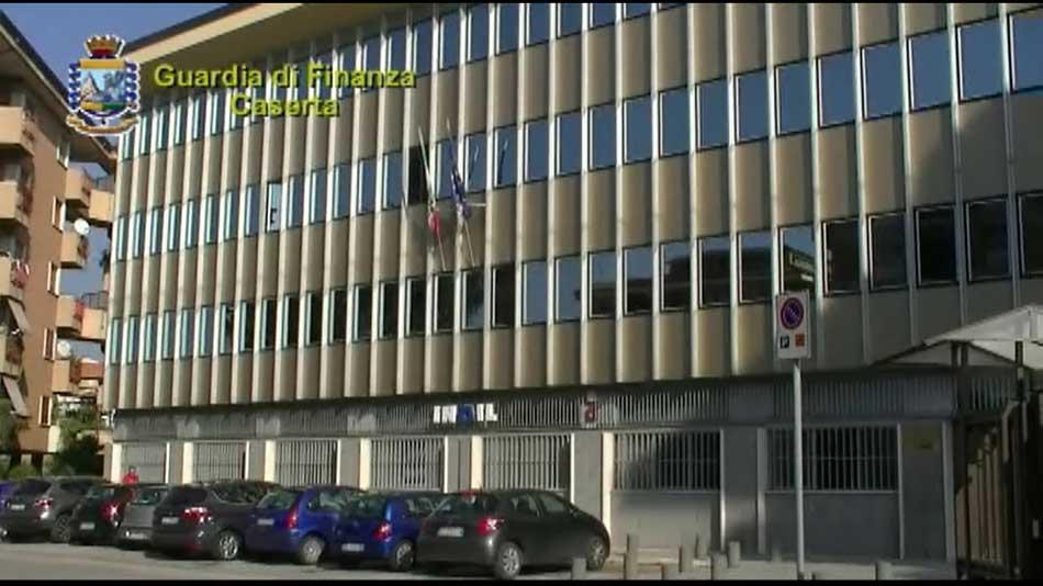 Truffa e Corruzione: Arrestati due funzionari dell'INAIL di Caserta