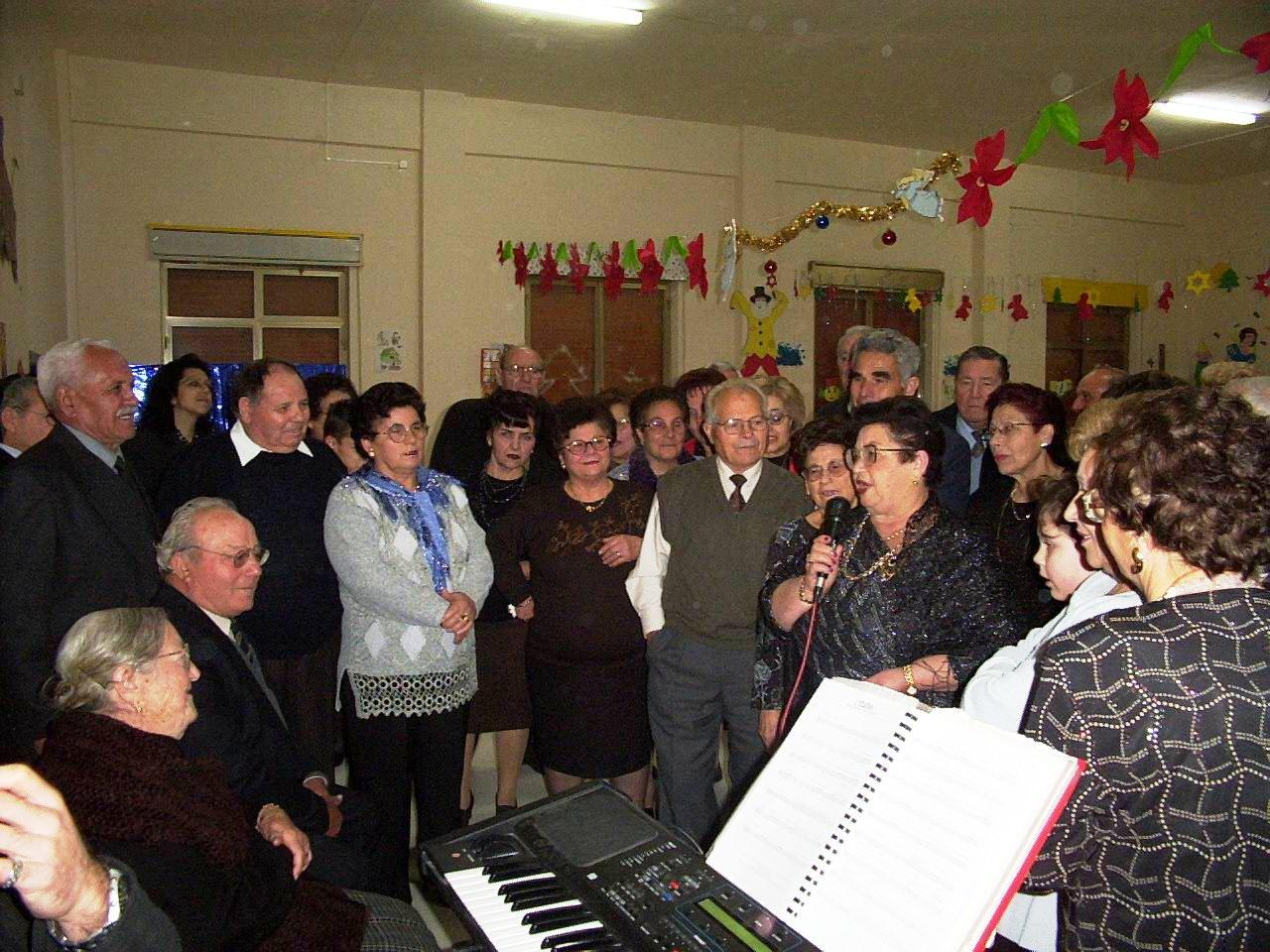 Acate. Quarantacinque anziani in gita a Messina.