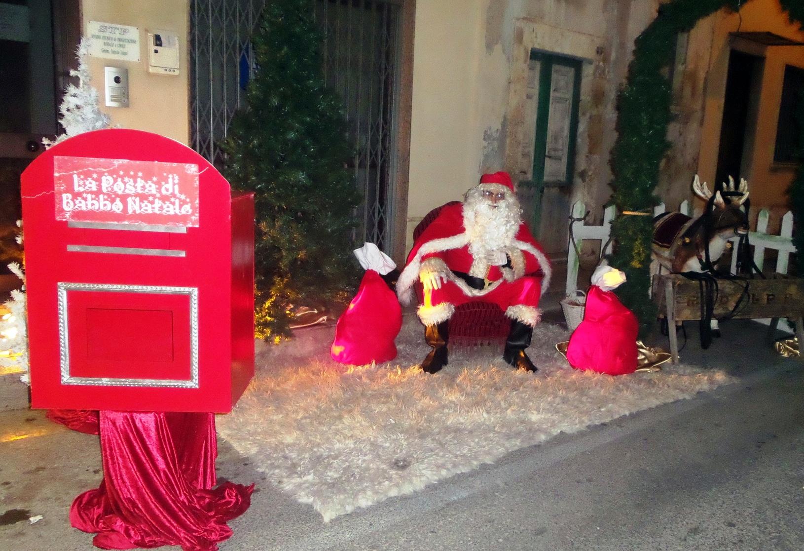 """Santa Croce Camerina. """"Un Natale da favola"""" per la Style Agency di Martina Iemolo."""