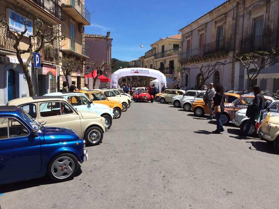 Domenica a Chiaramonte la quinta edizione del raduno Fiat 500