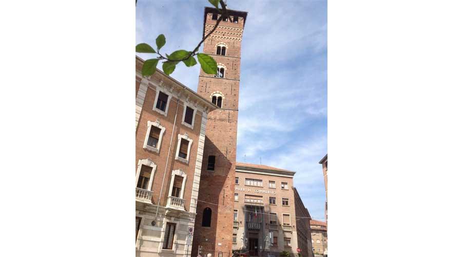 """Turismo: ad Asti il """"turista fai da te"""" per aprire i beni culturali chiusi al pubblico"""