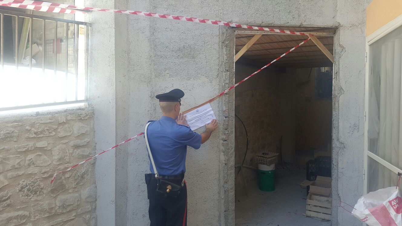 Carabinieri denunciano sette persone per abusi edilizi